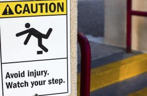 injury-at-work-sign